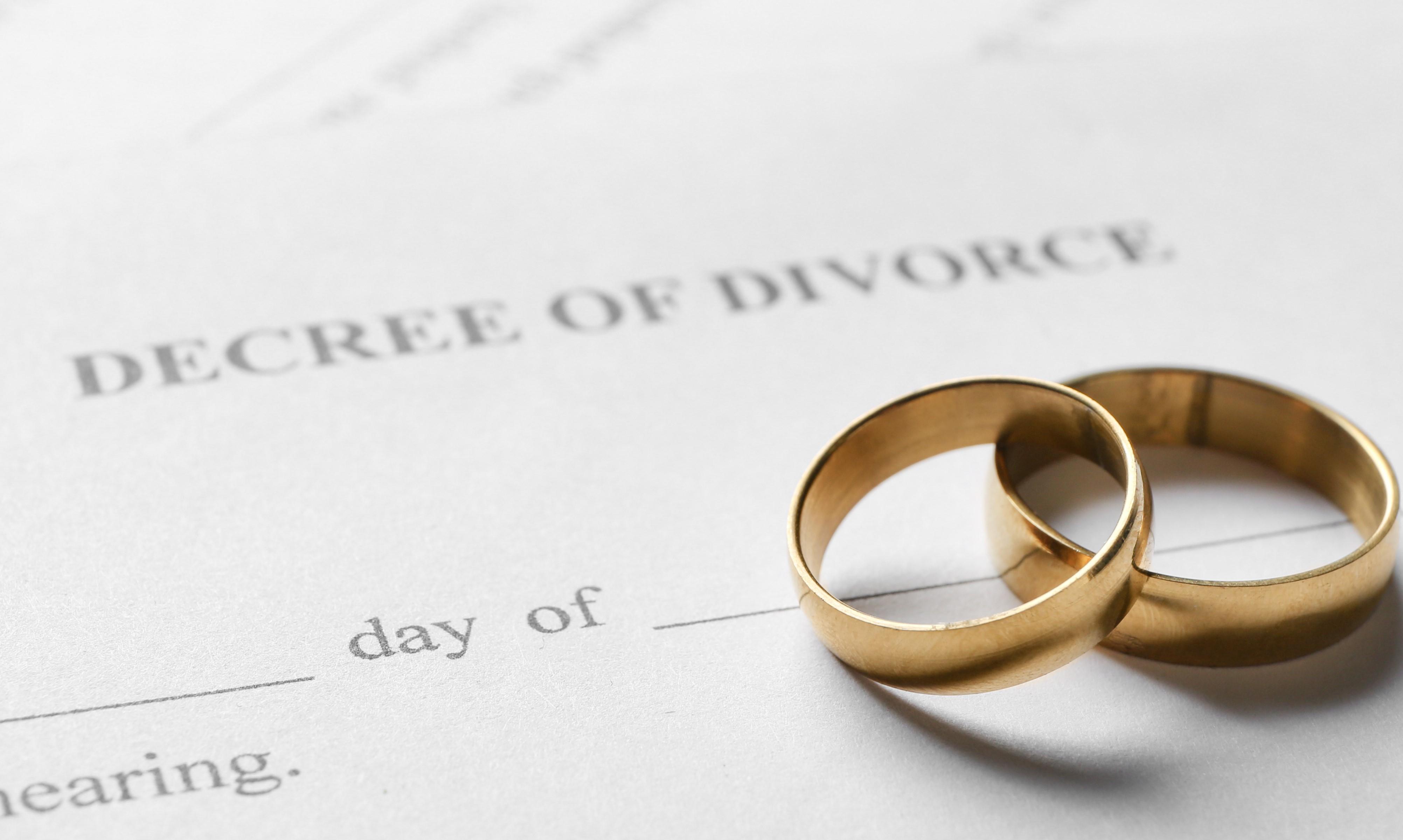 Divorce At Christmas